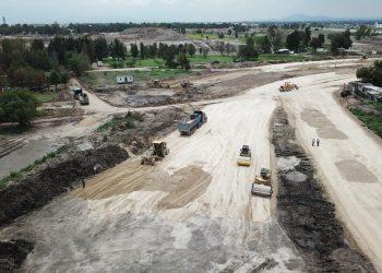Construcción y mantenimiento de aeropuertos, carreteras, caminos y urbanización (2)
